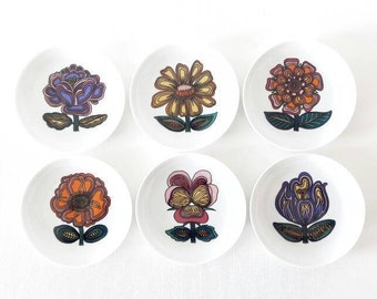 6 Vintage Mini Porcelain Plates with Psychedelic Flowers by Fürstenberg Made in Germany