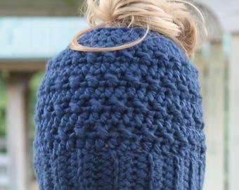 Messy Bun Hat, Crochet Messy Bun Hat, Crochet Women's Hat, Ponytail Hat, Crochet Teens' Hat, Winter Hat, Crochet Ponytail Hat, Beanie Hat