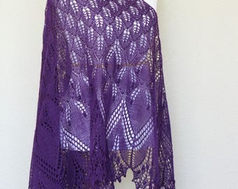 Knit shawl, knit wrap, lace shawl in purple color, triangular shawl, gift for her, wedding shawl, bridesmaids shawl