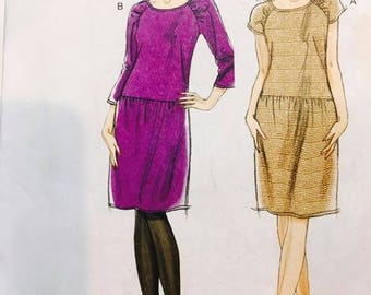Very Easy Vogue 8684 Custom Fit Dress