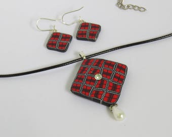 Plaid jewelry, Jewelry sets, Necklace and Earrings, Gift for her, Red necklace, chic jewelry, Artisan jewelry, Plaid art, plaid clay