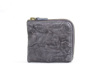 Echo Coin Purse in Light Gray Lamb Leather