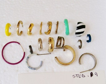 "18 Singles STUD EARRING LOT Hoops Silver Gold Tone Stripe Yellow Green 1/4""- 7/8""   Pierced Wearable Destash .9"