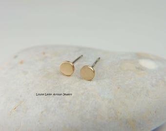 Solid Gold Earrings Simple Everyday Earrings Gold Stud Earrings Minimalist 14K Gold Stud Earrings