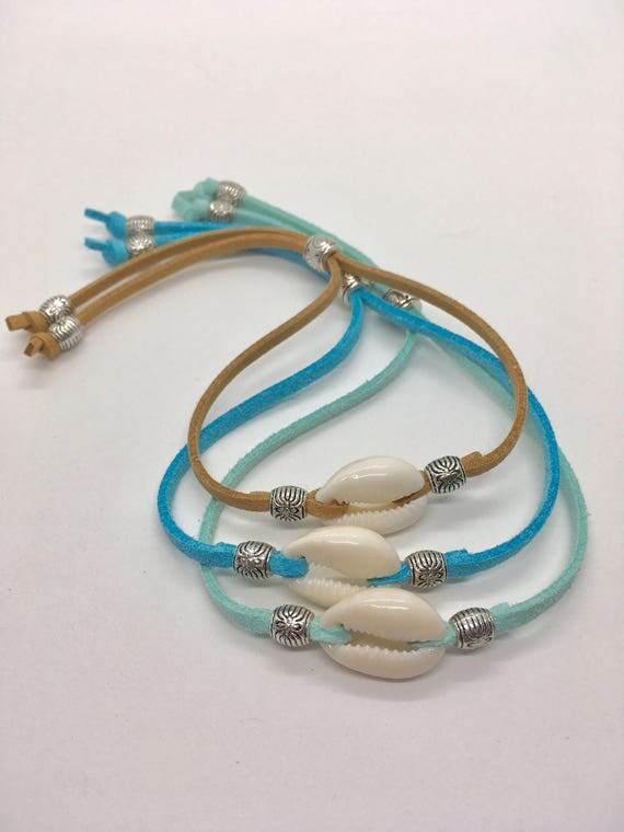 cowrie shell bracelet, boho jewelry, beach bohemian