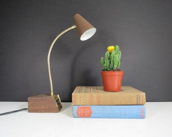 Vintage Tensor Desk Lamp // Small Petite Mid Century Mod Brown Faux Wood Metal Gooseneck Task Lamp Industrial Lighting Office Decor 1970's