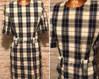 Vintage 1980s plaid Mini Dress // 80s Sheath Dress with  Pockets // size small S