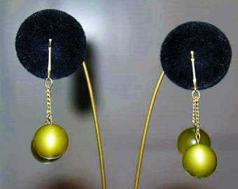Vintage Designer Couture High End Green Moonglow Round Ball Dangle Earring E22