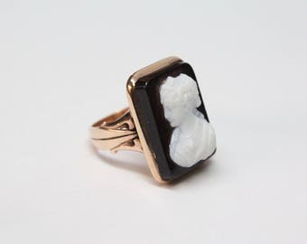 Victorian 14k Rose Gold, Hardstone Cameo Ring