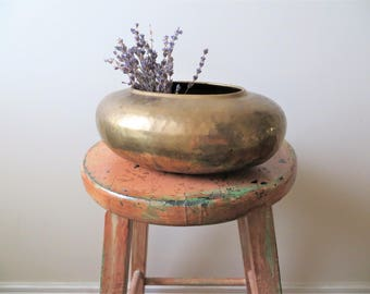 70s Oval Brass Planter Egg Shaped Flower Pot Textured Hammered Planter