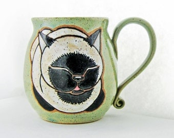 Siamese Cat Mug, pottery mug, cat mug, great Mothers Day gift, ceramic mug holds approx 13 oz, dishwasher and microwave safe.