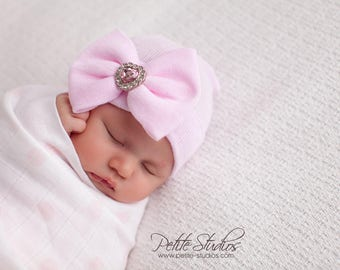 Newborn Hospital Hat Bow Baby Girl Hospital Hat Beanie with Bow – PINK, take home outfit hat, baby girl, newborn girl hat, pink bow hat