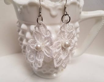 White Floral Lace    Earrings