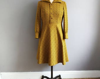 Long sleeve 70s dress 0 petite