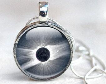 Space Necklace - Solar Eclipse 2017 Necklace -  Total Eclipse Space Necklace (NSE1)