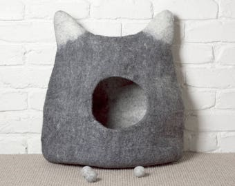 Large Felted Cat Cave, Eco-friendly Cat Bed, Stone Grey and White Pet Bed, Wool Cat Pod, Cosy Cat Cocoon, Cat Den, Cat House, Kitty Cave