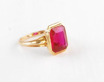 Dark Pink and Gold, 10k Ring, Size 5.5, Charming Vintage Estate Jewelry, Emerald Cut Pink Glass Stone, Minimal Bezel Set Design Band