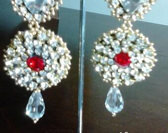 Elegant heart swarovski earrings