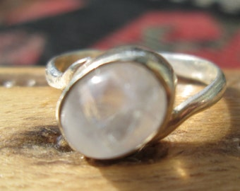 Moonstone and Sterling Silver Ring Size 7