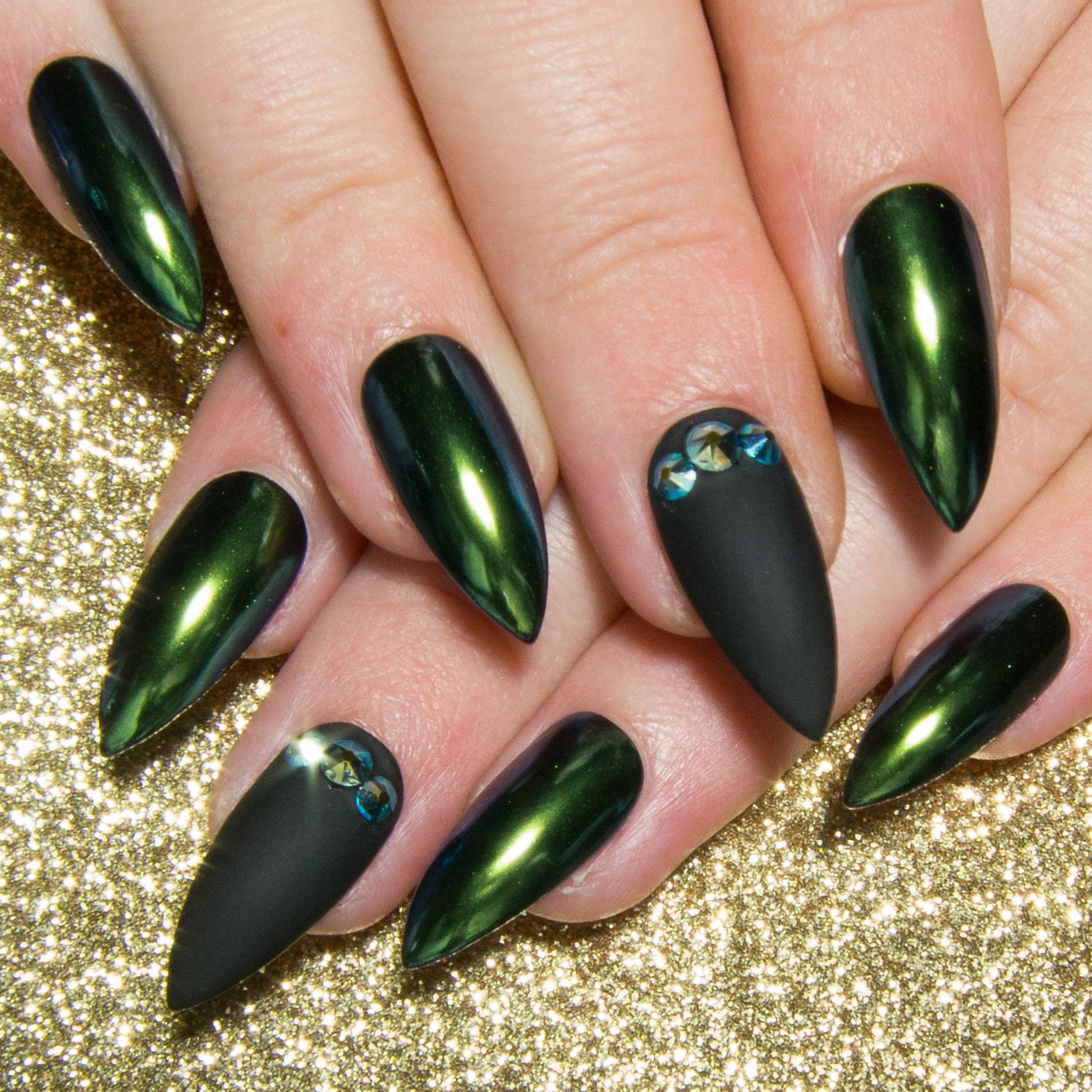 Fake Nails: Chrome Acrylic Nails Crystal Fake Nails Stiletto Press On
