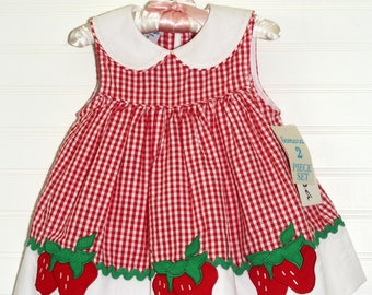Vintage baby dress, Red gingham with Strawberry detailing, Samara sz 12mo WITH bloomers