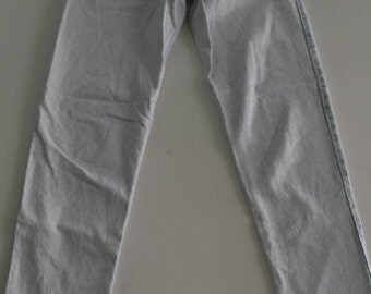 80s/90s. Vintage Bleach Wash Guess Jeans - Size 30