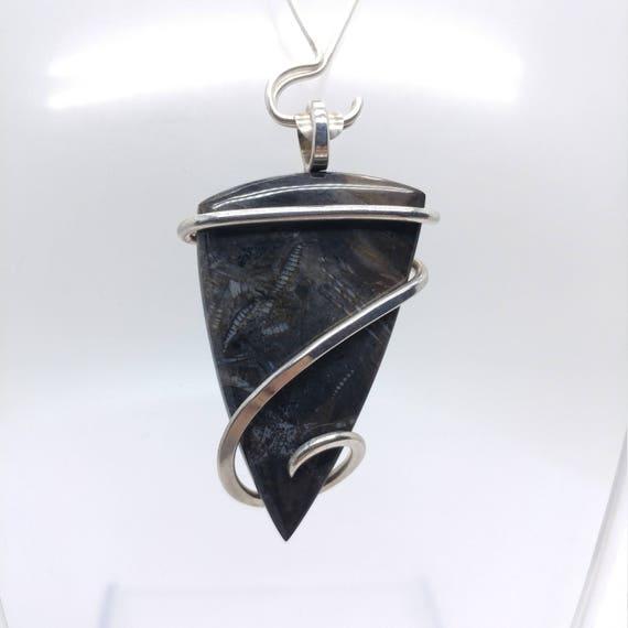 Ruby City Bogwood Jasper Pendant | Sterling Silver Pendant | Rustic Jasper Pendant | Sea Lilly Fossil Pendant | Crinoid Fossil Idaho