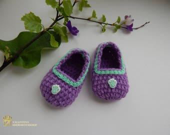 Crochet baby booties - Baby Shower Booties - Baby Bootie for Baby Shower Favor or Decoration -  - Knitted Baby Booties - Baby Shower Favors
