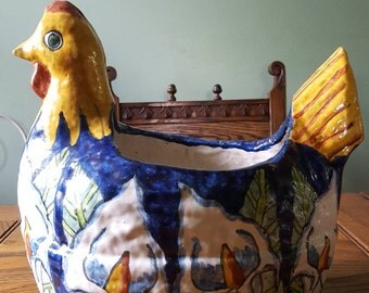 Mexican pottery, chicken planter