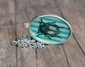Vintage Necklace. Bug Pendant. Romantic Necklace. Gift For Women. Gift Under 20 Dollar. Bohemian Necklace. Nature Necklace. Boho Necklace.