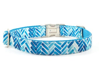STAIN RESISTANT Dog Collar // Size M-L // Adjustable Length // Fabric: Blue Watercolor Chevron