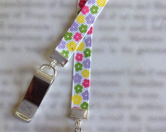 ON SALE Sheep Bookmark / Lamb Bookmark / Knitters Bookmark / Cute Bookmark  - Clip to cover then mark page with ribbon. Never lose your book