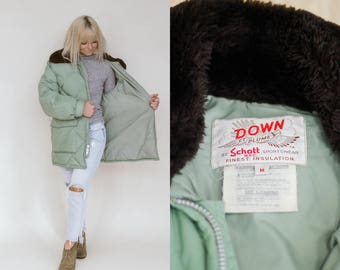 1970's Puffy Down Coat w/ Faux Fur Collar