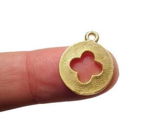 2 Four Leaf Clover, Lucky Clover, Good Luck, 24K Gold Plated Charm 16x14 mm COCG002
