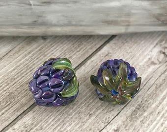 Blackberry lampwork glass bead  - purple realistic raspberry berry bead - Murano fruit  berries beads