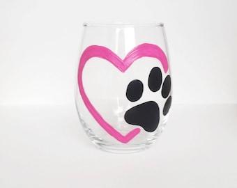 Dog lover wine glass//Animal lovers wine glass