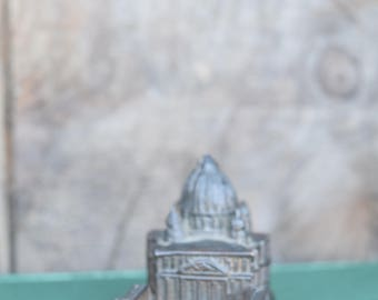 St Peters Basilica, The Vatican, Small Model, Cast Metal, Rome Italy, Italian Souvenir, Ring Holder, Vatican City, Saint Peters, Vintage
