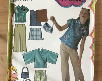 Simplicity 5220 - Lizzie McGuire Girl's Top with Mandarin Collar, Kimono, Vest, Pants, and Skirt - Size 8 10 12 14 16