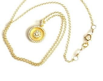 Dainty Gold Vermeil Circle Pendant Necklace