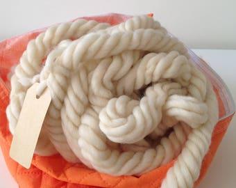 Super Chunky Yarn, Giant yarn, Super Bulky Yarn, Chunky wool yarn, Giant blanket merino wool, Chunky knit blanket yarn, ivory white col.5508