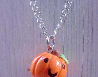 Smile pumpkin necklace - Halloween necklace - polymer clay charm- Fall/Autunm gift