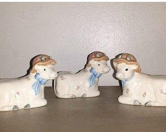 Vintage Cow Salt & Pepper Shaker Set,3 Pc Set,Cow Toothpick Holder,Condiment Set,Shakers,Toothpick Holder,Farmhouse,Country Decor,Cow,Kitsch