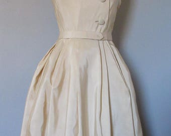 Mainbocher White Taffeta Dress