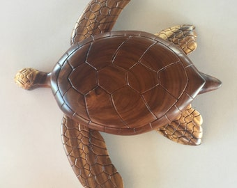 Hawaiian Turtle (He'e) Sculpture Monkey Pod Wood