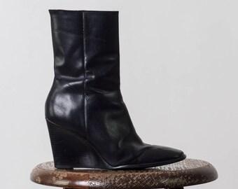 90's Vintage Leather Wedge Booties