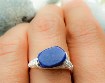 Lapis Lazuli wire wrapped ring, Silver wire wrapped ring, Gemstone ring, Lapis Lazuli ring, Blue stone ring, Silver wire ring, Stone ring
