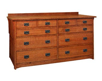 Classic Stickley Style Mission Oak 10 Drawer Dresser