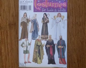 Simplicity Patteren 4795 Teens and Adults Nativity Costumes to Sew
