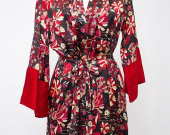 Beautiful Floral Belted Robe with Pockets.
