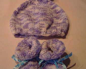 Baby Bootie and hat
